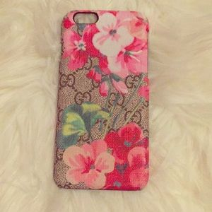Accessories - iPhone 6 GG blooms case